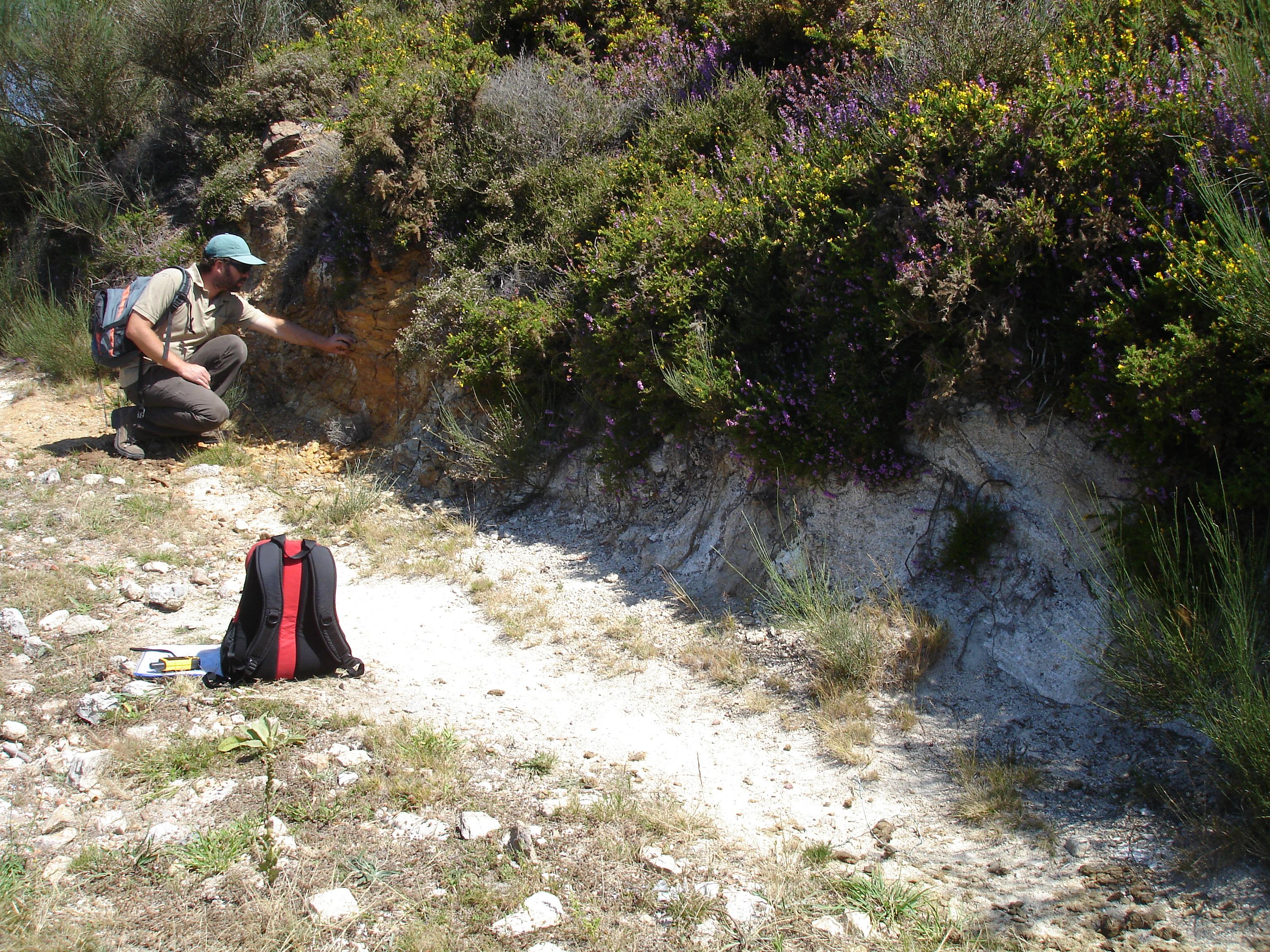 caracterização geológica de terrenos