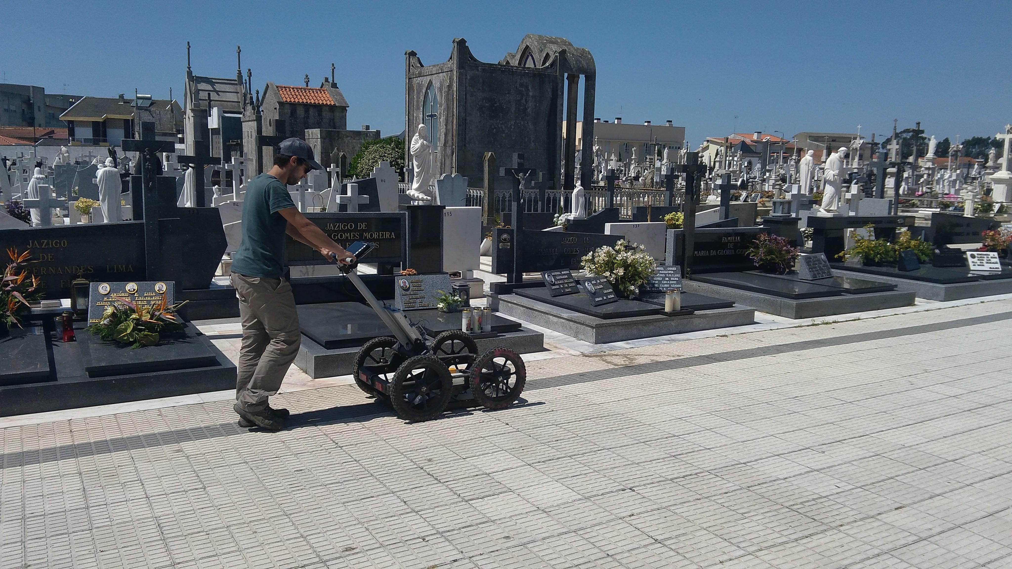 georadar em cemitério